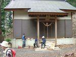 山神社にて